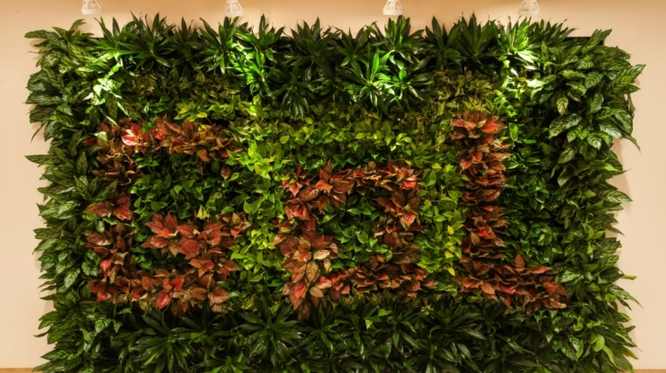 GARDEN-OF-LIFE-GOL-GREEN-WALL-Large-1100x618.jpg